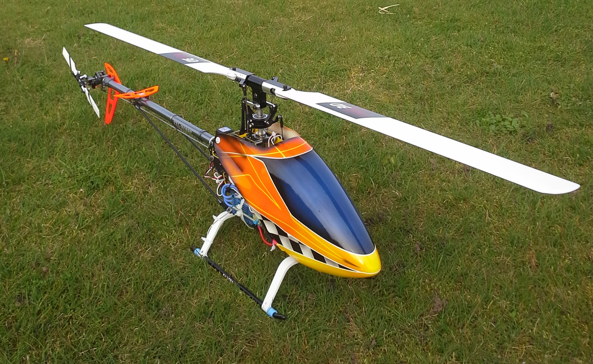 align rc helicopters with Index on Electric powered C 201 202 besides Syma X12 Nano Review as well Sab Goblin 570 Inkl  Rotorblaetter Gelb   Rot further I ytimg   vi mfpeN OXOcw 0 as well Trex 450l Dominator Super  bo.